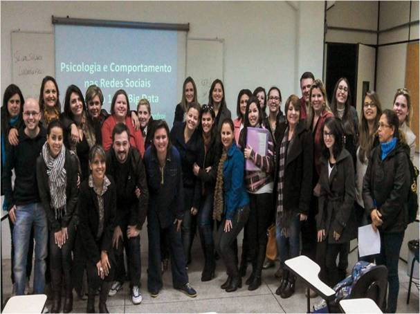 palestra-consultoria-psicologia-marketing-digital-luciana-manfroi
